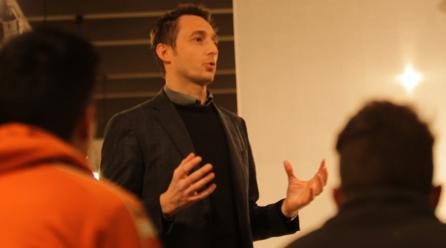 Filippo Berto präsentiert das Co-Creation-Projekt Sofa for Managua