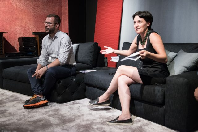 Ivana Pais Francesco Cancellato a BertoLive Meda showroom berto salotti