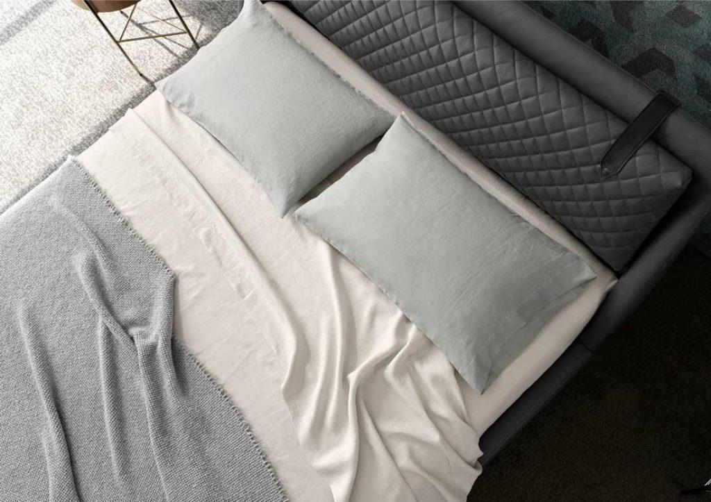 Bettlaken Yoko aus weicher und fester Baumwolle von BertO